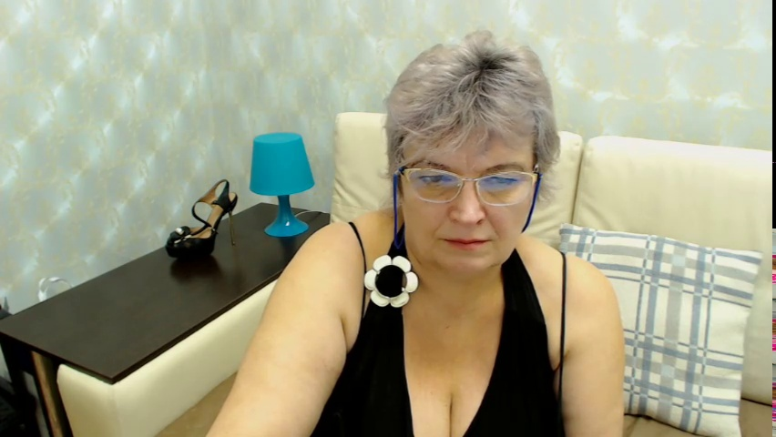Snap of BustyXSofia's on 2017-01-26 09:23:26